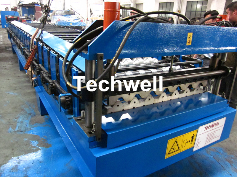 roof deck forming machine